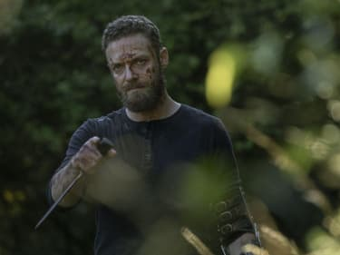 "The Walking Dead : Ross Marquand imagine ""une mort ridicule"" pour Aaron"