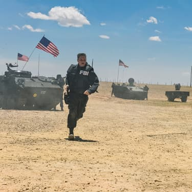 La mini-série Waco revient sur le siège de 51 jours mené par le FBI contre les Davidiens