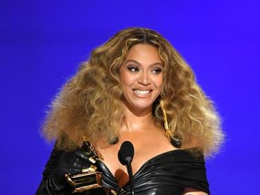 Beyoncé annonce un nouvel album