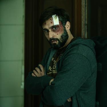 """Guillaume Labbé se remet de ses blessures et tente de rassembler les pièces d'un puzzle compliqué dans """"Trauma""""."""