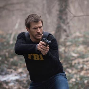Nick Durand (Patrick Heusinger), agent du FBI dans la série Absentia.