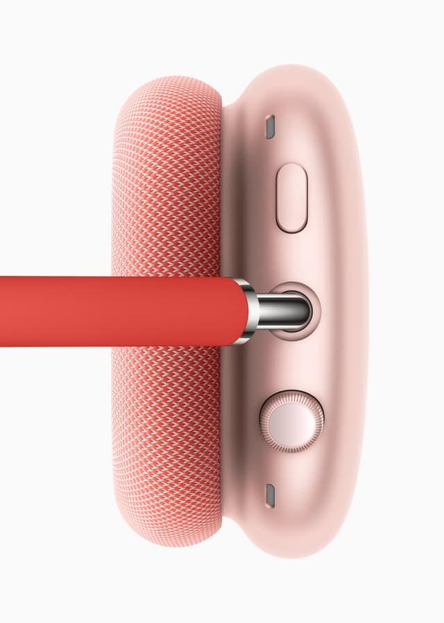 Réduction de bruit, mode Transparence et Audio Spatial s'activent sur le bouton, alors que la Digital Crown permet de contrôler la musique (et tout un tas d'autres choses).