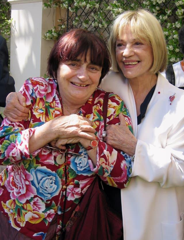 Agnès Varda et Jeanne Moreau ensemble au festival de Cannes, en 2003