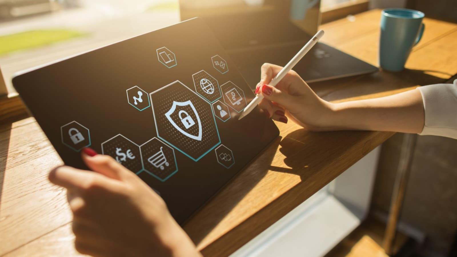 Naviguez en toute sérénité avec SFR Cybersécurité