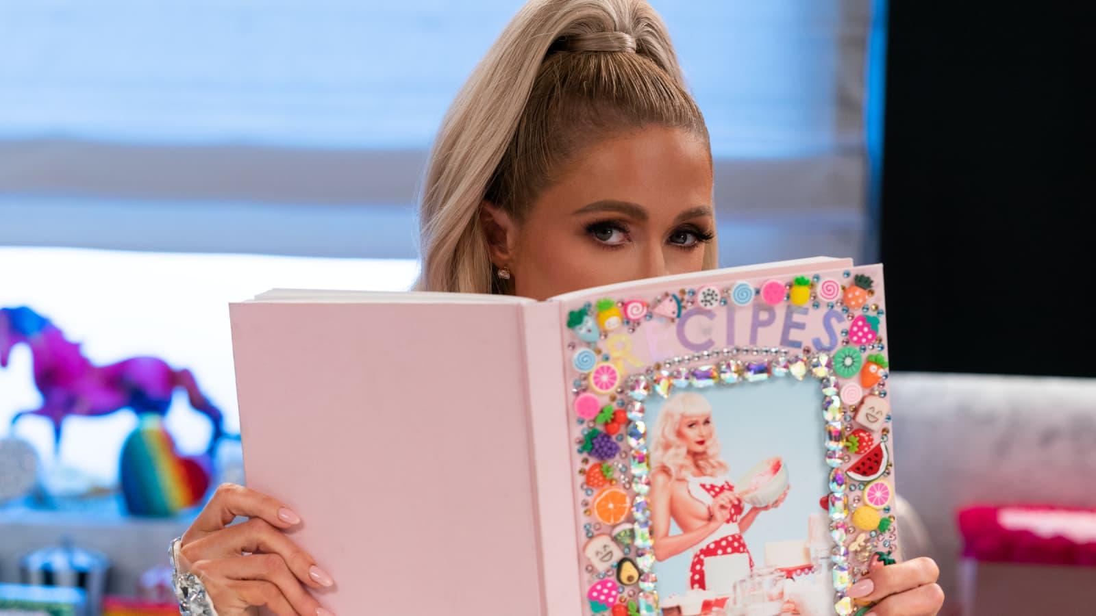 Paris Hilton livre ses meilleures recettes sur Netflix