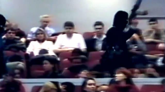 La prise d'otages du théâtre de Moscou comme vous ne l'avez jamais vue, dans Les Négociateurs sur 13ème RUE
