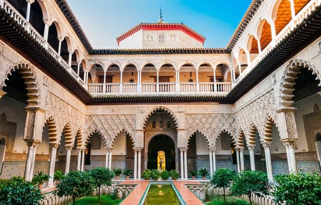 L'Alcazar de Séville, décor du palais dornien de la maison Martell dans Game of Thrones.