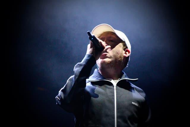 Eddy de Pretto a bouclé comme il se doit la deuxième journée du festival FNAC Live Paris 2019.