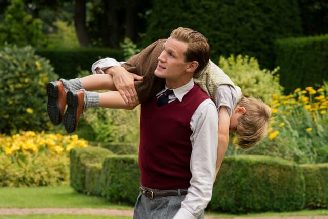 Le prince Philip et le prince Charles, une relation père-fils compliquée.