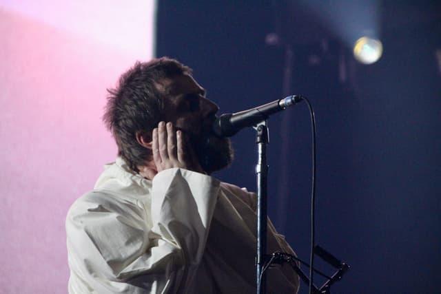 Liam Gallagher avait du mal à s'entendre, et ne s'entend visiblement pas avec son ingé-son...