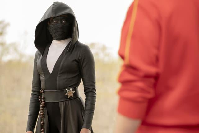Sister Knight (Regina King) dans la série Watchmen sur OCS.