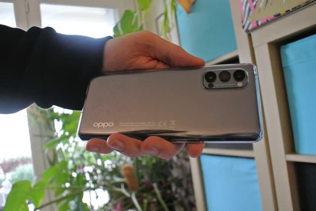 L'OPPO Reno4 Pro 5G, un smartphone élégant et performant