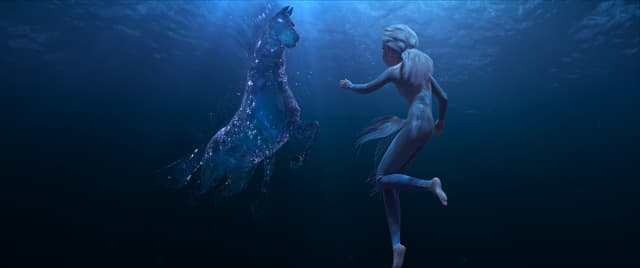 Elsa rencontre un Nokk, esprit de l'eau, dans La Reine des Neiges 2.