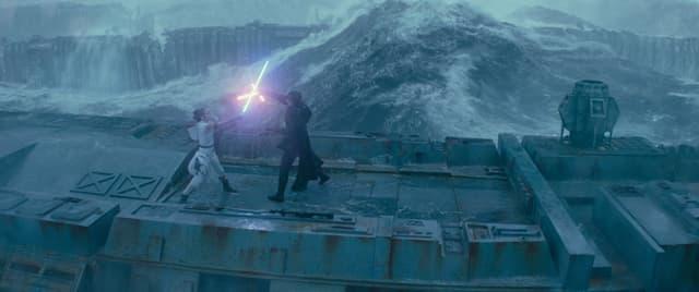 Rey et Kylo Ren : amis ou ennemis ?