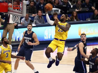 NBA : LeBron James sur les pas de Magic Johnson