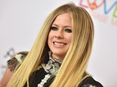 """Alors, que vaut le nouvel album d'Avril Lavigne, """"Head Above Water"""" ?"""