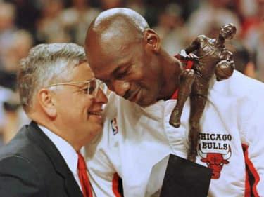 La NBA en deuil : les plus grands basketteurs rendent hommage à David Stern