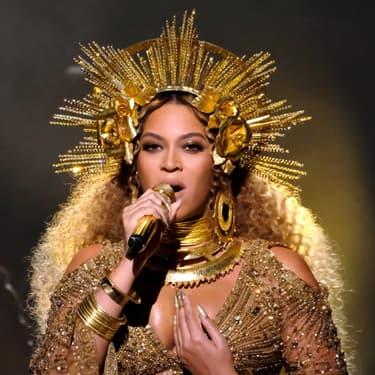 La diva Beyoncé sur la scène des 59e Grammy Awards en 2017.