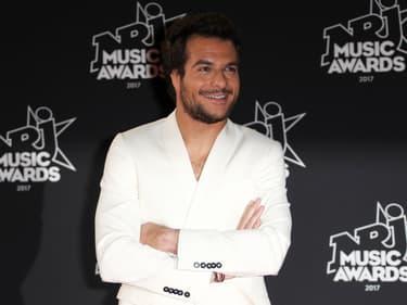 Amir invite à faire La Fête avec son nouveau single
