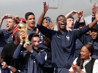 À quoi ressemble le nouveau maillot de l'équipe de France de football ?