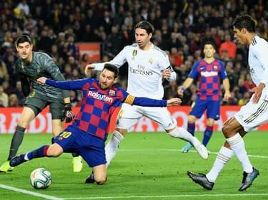 Le Real Madrid se plaint de l'arbitrage pendant le Clasico
