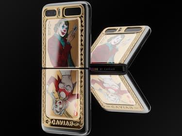 Un Galaxy Z Flip aux couleurs du Joker et Harley Quinn
