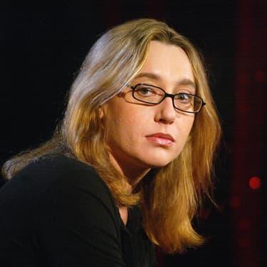 """Virginie Despentes, écrivaine française, en 2002, sur le plateau de l'émission """"Des livres et moi"""", sur la chaîne Paris Première."""