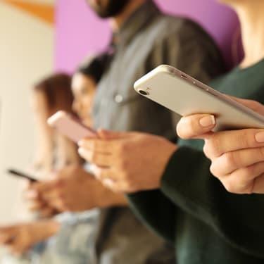 Bon plan SFR : un forfait smartphone offert pour les clients box