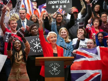 Years and Years : la série qui explore les 10 ans post-Brexit