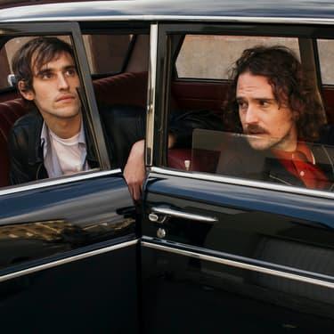 Édouard et Thomas, le duo de Pépite, viendront ouvrir les concerts du jour avec leur electro-pop atmosphérique.