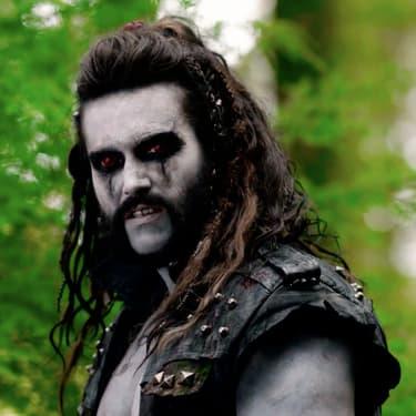 Lobo, personnage clé de la saison 2 de Krypton sur SYFY.