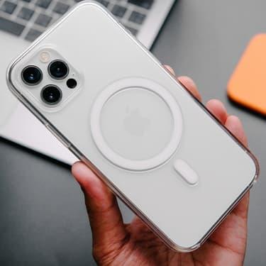 iPhone 12 : bientôt une batterie externe MagSafe ?