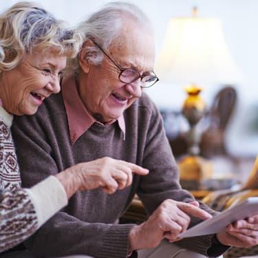 Les assistants vocaux sont-ils adaptés aux personnes âgées $1