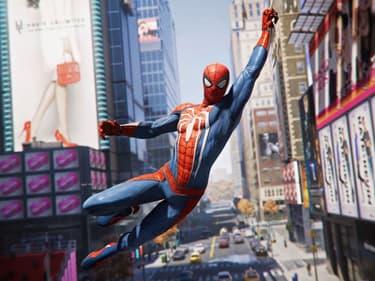 Tous les costumes de Marvel's Spider-Man dans une vidéo épique