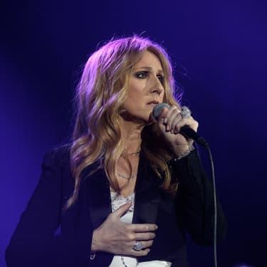 La chanteuse canadienne Céline Dion, sur la scène de l'AccorHotels Arena à Paris, le 24 juin 2016.