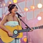 La chanteuse Rose revient… après une longue descente aux enfers