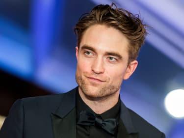 """The Batman : Robert Pattinson s'est senti """"puissant"""" en enfilant le costume du Chevalier noir"""