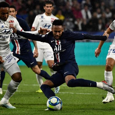 Neymar inscrit le but de la victoire (1-0) à Lyon, le dimanche 22 septembre.