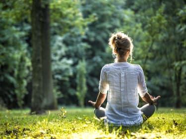 3 applications pour faire du yoga sur votre smartphone