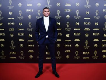 Mbappé est (encore) le joueur le plus cher du monde