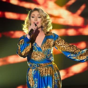Leona Winter, candidate drag queen déjà iconique de la huitième saison de The Voice diffusée sur TF1, lors des auditions à l'aveugle.