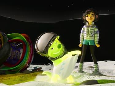 Over The Moon : visez la Lune dans une aventure pop féérique sur Netflix
