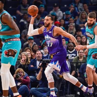Rudy Gobert des Utah Jazz face aux Memphis Grizzlies lors d'un match à Memphis, le 29 novembre 2019.