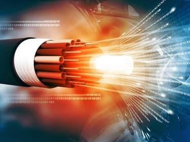 Pourquoi la fibre optique est plus rapide ?