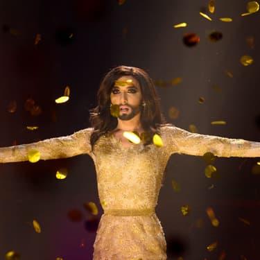 """Conchita Wurst, grande gagnante de l'Eurovision 2014 pour l'Autriche avec son titre """"Rise Like A phoenix"""", lors de la grande finale du concours le 10 mai 2014 à Copenhague au Danemark."""