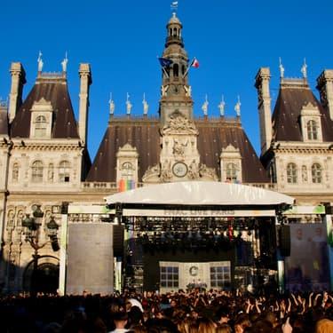 Le Parvis de l'Hôtel de Ville accueille depuis ce mercredi 3 juillet 2019 la 9e édition du FNAC Live Paris.