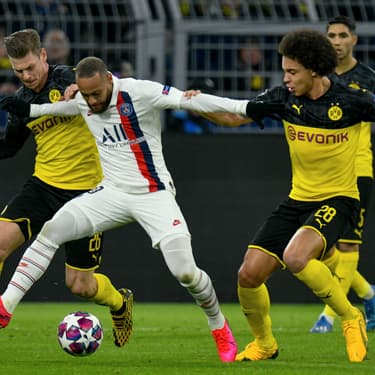 Neymar aux prises avec les joueurs du Borussia Dortmund lors du match aller, le 19 février 2020