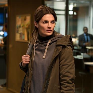 L'actrice Stana Katic, star de la série Absentia, dans le rôle d'Emily Byrne.