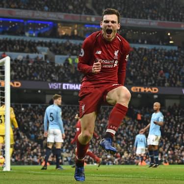 L'écossais de Liverpool Andy Robertson a l'air très heureux que la Premier League reprenne