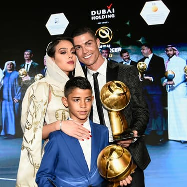 Cristiano Ronaldo, Georgina Rodriguez et Cristiano Ronaldo Jr aux 433 Fans Awards à Dubai, le 3 janvier 2019